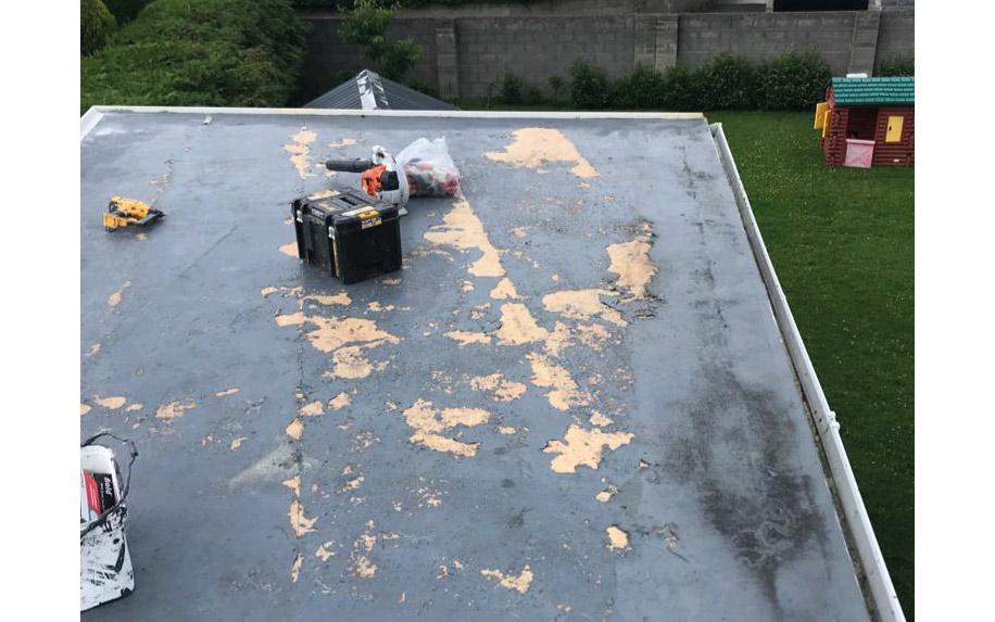 Common fibreglass roof probems repair